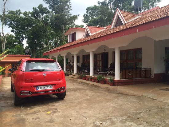Mani Mansion Photo