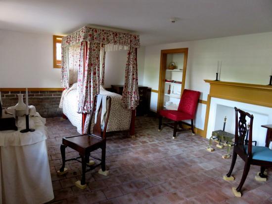 North Carolina History Center - Tryon Palace: Housekeeper's room