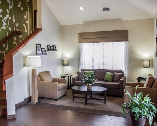 Sleep Inn & Suites I-70 & Wanamaker: Lobby