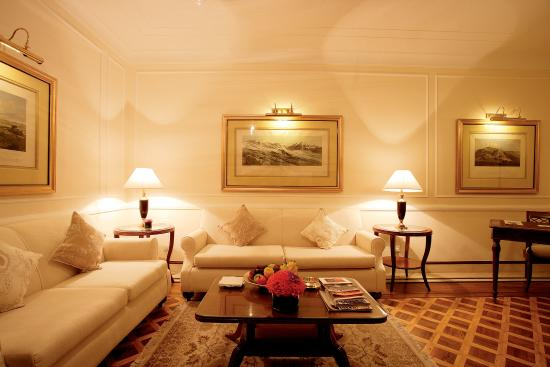 The Imperial Hotel: Heritage Suite - Sitting Area