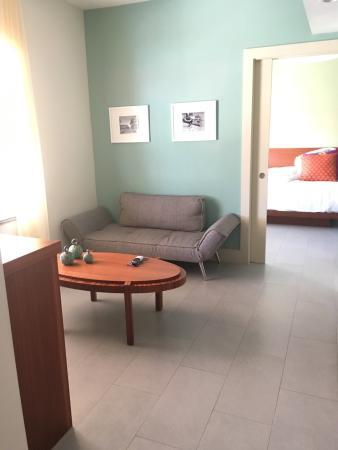 El Paseo Hotel Photo