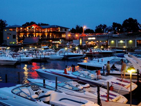 H Toads Hotel Boat Parking - ...