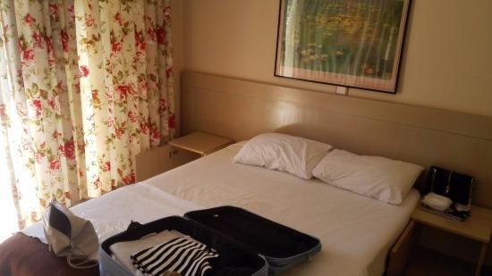 Sun Blue Apart Hotel: main bedroom