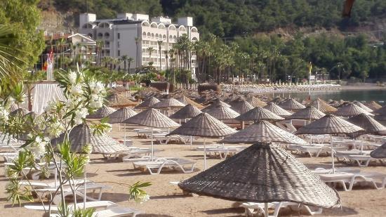 Sun Blue Apart Hotel: beach near apartment