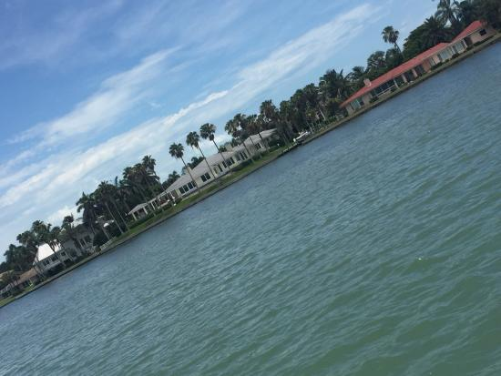 Paradise Boat Tours: GREAT tour!! Highly recommend for a relaxing tour of Sarasota Bay...