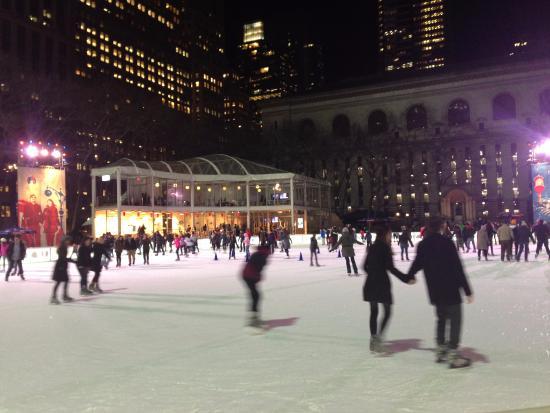 New York City, NY: pista de hielo