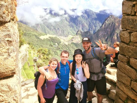 Tierras Vivas: Day 5 - At the sun gate with Machu Picchu in the distance