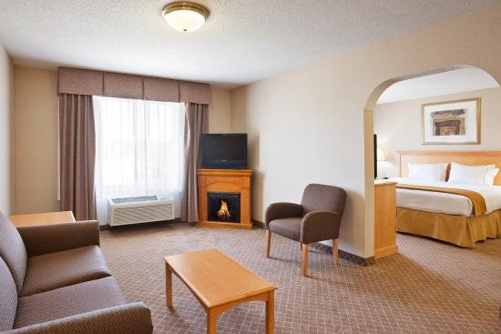 Holiday Inn Express Hotel Suites Chesterfield 95 1 0 Updated 2018 Prices Reviews Mi Tripadvisor
