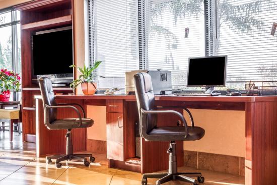 Comfort Suites Vacaville: Computer