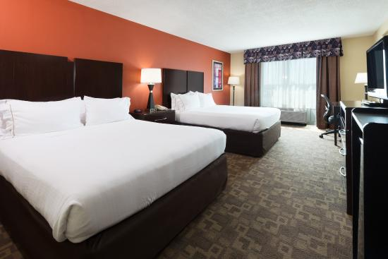 Holiday Inn Express Hotel & Suites Lexington Northeast: Holiday Inn Express Lexington NE Two Queen Beds