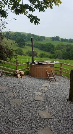 Tremeirchion, UK: Hot Tub
