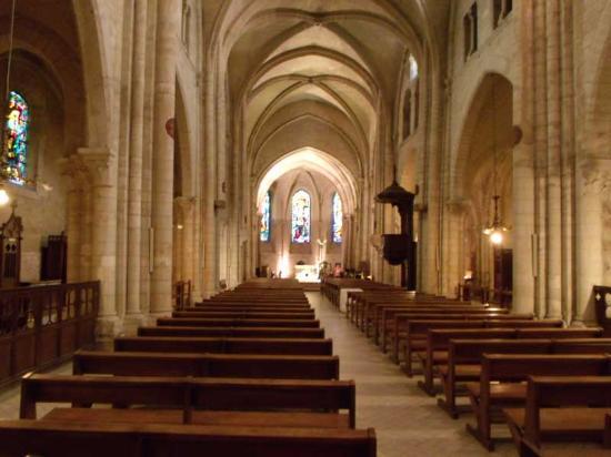 Parijs, Frankrijk: Interior of St-Pierre de Montmarte