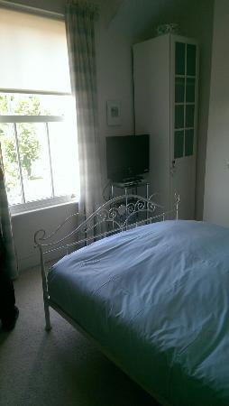 The Grove Bed & Breakfast: IMAG2310_large.jpg