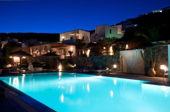Apollonia Hotel & Resort: Exterior