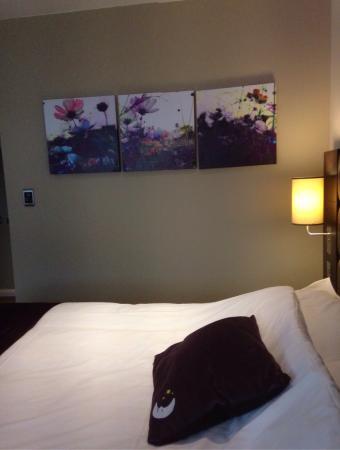 Premier Inn Oxford Hotel: photo1.jpg