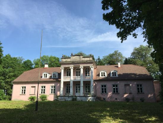 Koljala Manor