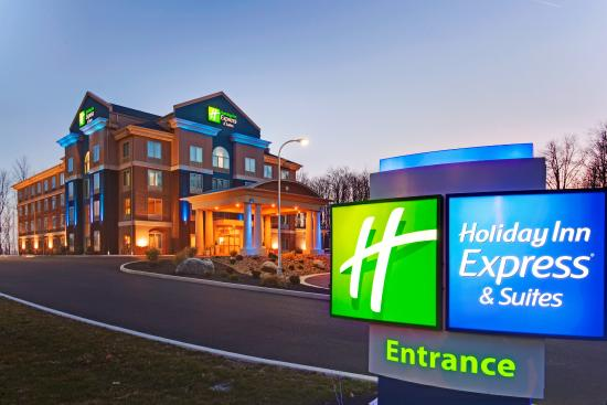 Photo of Holiday Inn Express Suites Hamburg
