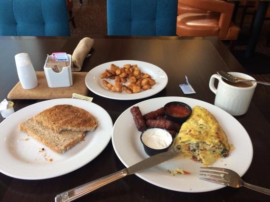 Desayuno Muy Abundante No Incluido Pero Solo 9 Picture Of