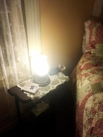 Charette, Canada: The Benedictine room