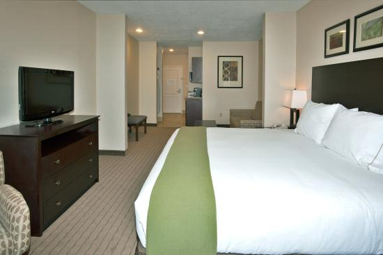 Holiday Inn Express Hotel & Suites Grants-Milan: Suite