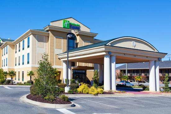 Photo of Holiday Inn Express Hotel & Suites Cordele North