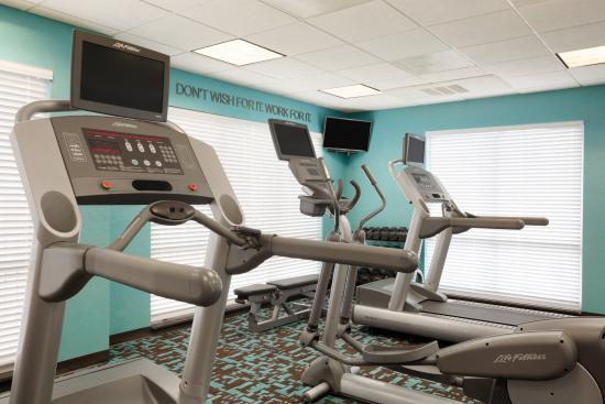 Fairfield Inn & Suites Columbia Northeast: Cardio Center
