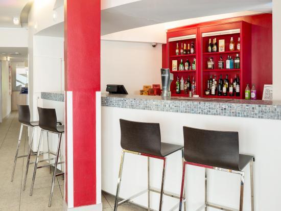 Travelodge Dundee Strathmore Avenue: BarCafe