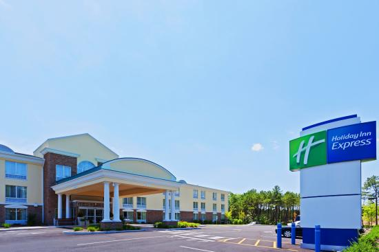 Holiday Inn Express Neptune: Hotel Exterior