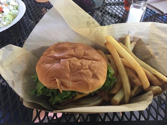 Old Rock Café : Loaded Bacon Cheeseburger