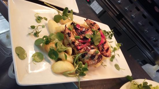 The Broughton Inn: Sticky Chicken with a kick