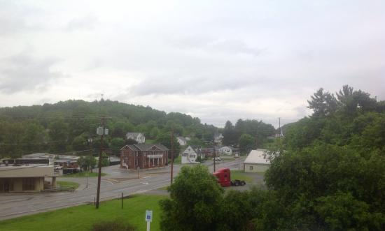 Econo Lodge Near Bluefield College: photo0.jpg