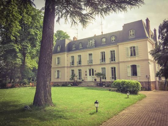 Neauphle-le-Chateau, Francia: photo4.jpg