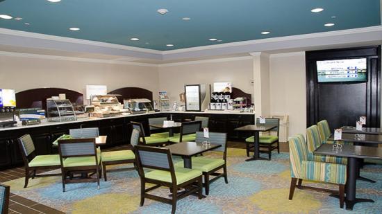 LaGrange, GA: Guest Dining Lounge