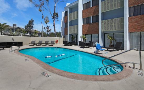 Holiday Inn Express Port Hueneme