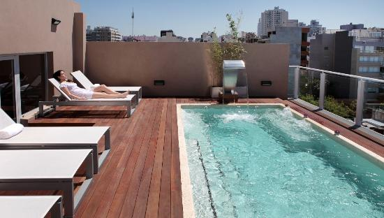 Fierro Hotel Buenos Aires: Climatized Relax pool with massage jets