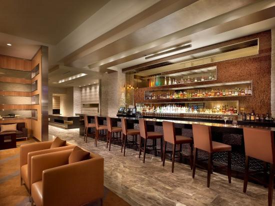 Miami Springs, FL: Bar