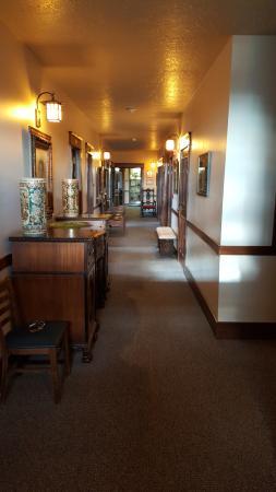 Enders Hotel & Museum Photo