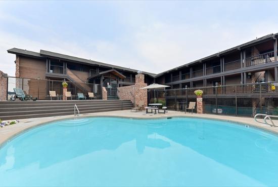 Sandpoint, ID: Outdoor Pool