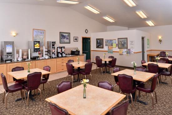Sandpoint, ID: Breakfast Room