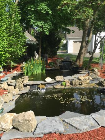 Greenview bed breakfast prices b b reviews niagara for Koi pond price