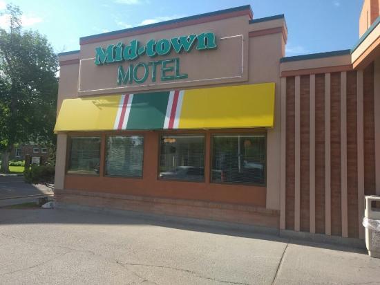 Midtown Motel: IMG_20160609_090431_large.jpg