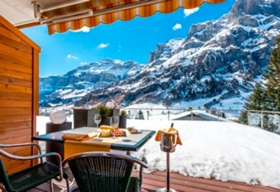 Hotel Waldhaus : Doppelzimmer mit Süd-Terrasse
