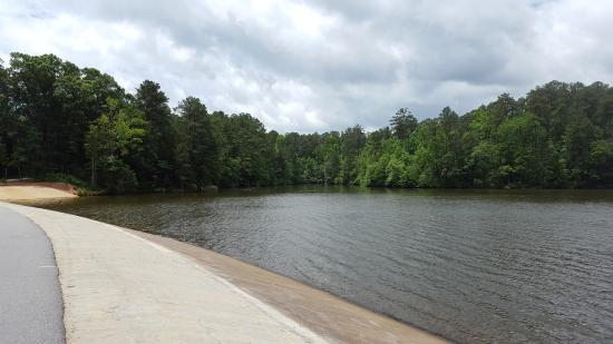 Walking path around lake - Picture of Lake Johnson Park, Raleigh ...