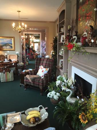Clark's Inn: One of several rooms in the gift shop.