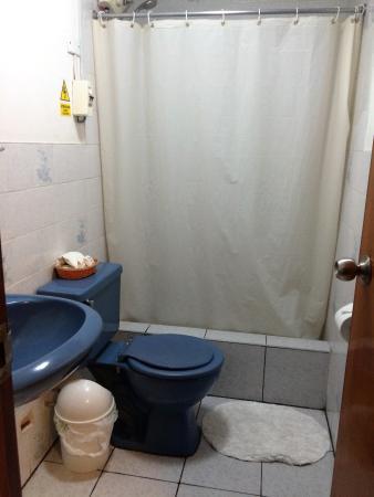 Munay Bed & Breakfast: Bathroom