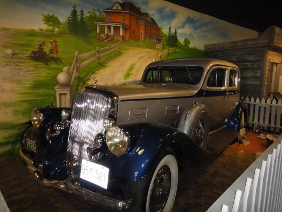 Stony Plain and Parkland Pioneer Museum: Travelling in style