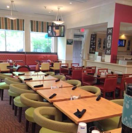Hilton Garden Inn St Louis Chesterfield Hotel Mo Suite Living Area