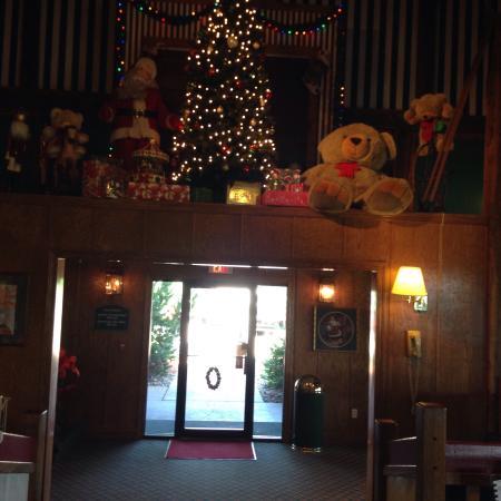 Santa's Lodge: photo5.jpg