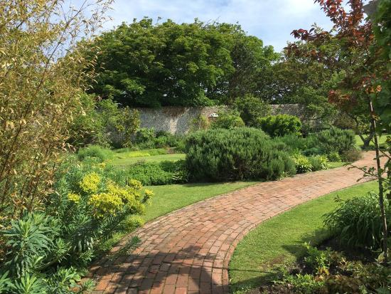Kipling Gardens