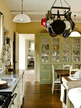 French Fields: kitchen